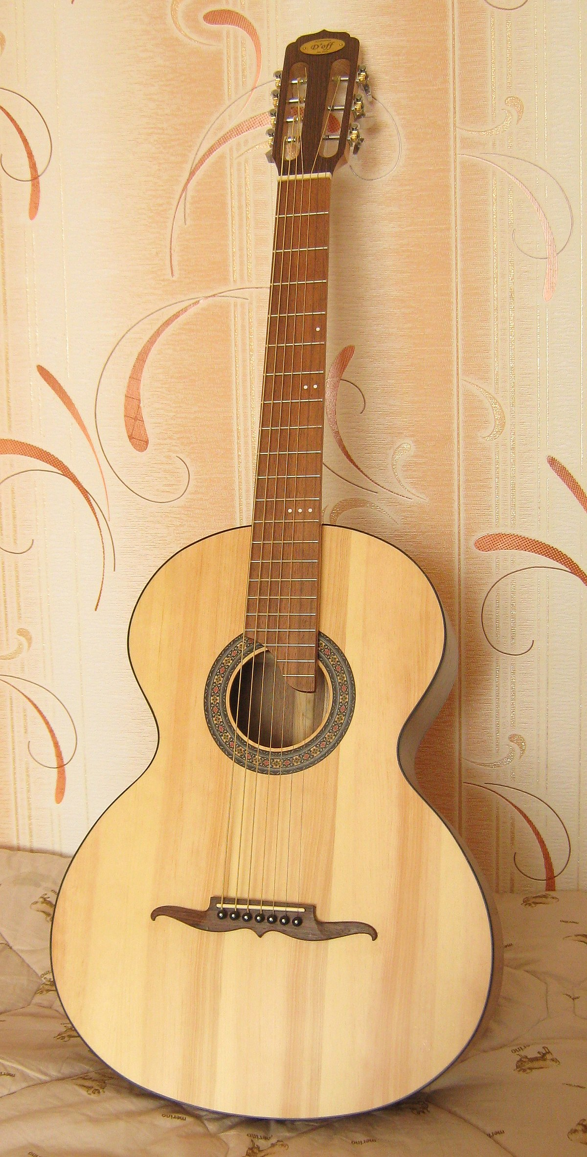 Russian Guitar Wikipedia