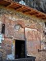 Св. Архангел Михаил, пештерска црква, Радожда 17.JPG