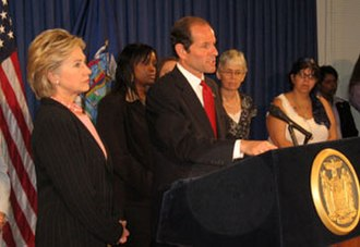 Eliot Spitzer - Spitzer with Hillary Clinton in 2007