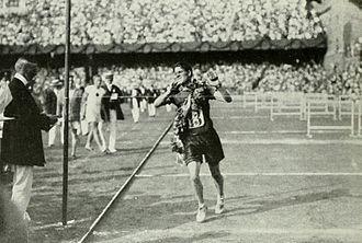 Athletics at the 1912 Summer Olympics – Men's marathon - Ken McArthur winning the race.