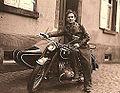 1951 Wiily Vogel mit seiner 500 er BMW.jpg