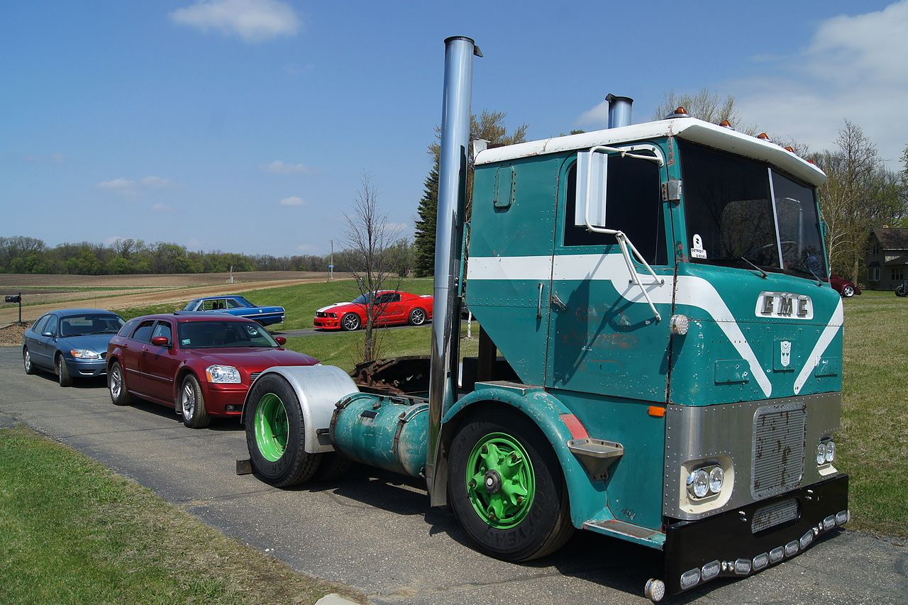 Single Axle Peterbilt With Sleeper For Sale >> File:1959 GMC Cabover Semi Truck (17130960637).jpg - Wikimedia Commons
