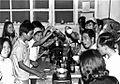 1970 - các nhân viên y tế một bữa tiệc chia tay ông Miên (9680601628).jpg