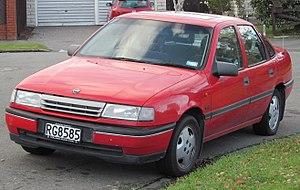 Opel Vectra - Image: 1990 Opel Vectra GLS (19384050978)
