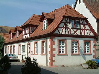 Bakehouse (building) - Image: 2006 Dirmstein Backhaus