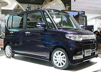 Daihatsu Tanto - Image: 2007 Daihatsu Tanto Custom 01