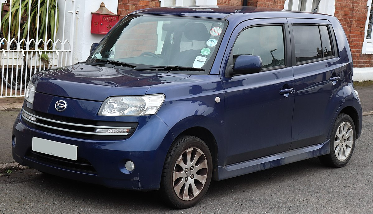 Px Daihatsu Materia Front