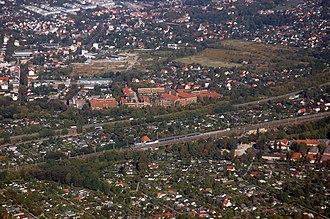 Blankenburg (Berlin) - Aerial view with Französisch Buchholz (in north)