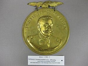 2011-148-1 Commemorative Pin Admiral George Dewey, Obverse.jpg