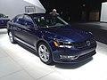 2013 Volkswagen Passat (8403028787).jpg