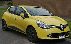 2014 Renault Clio (X98) Expression TCe 90 hatchback (2015-07-09) 01.jpg