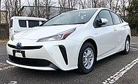 2019 Toyota Prius (ZVW50R) 1.8 Hybrid liftback (2018-12-19) 01.jpg