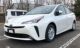 The Toyota Prius Is World S Top Ing Hybrid Electric Vehicle With Global Of 3 7 Million Units Through April 2016 Some Owners Use Its Ideny