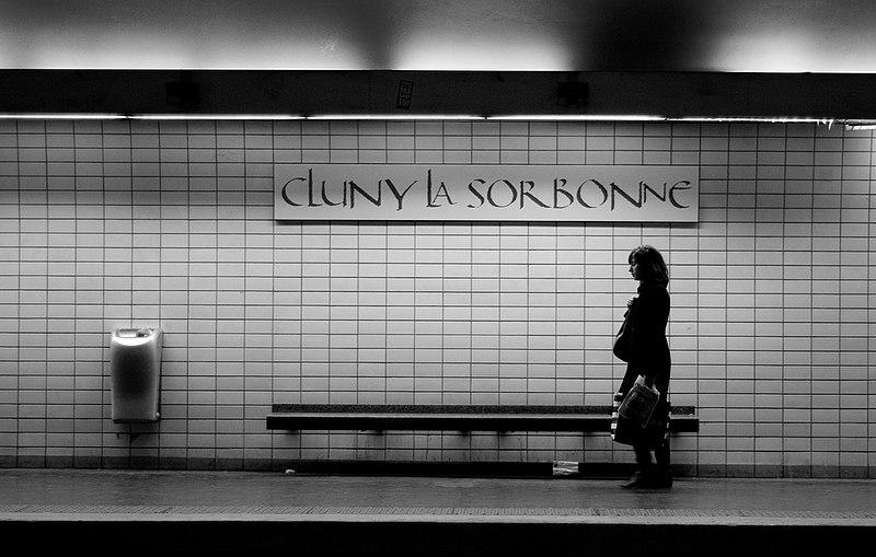 File:2085017310 eefc1b5ab9 b Metro de Paris ligne 10 station Cluny Sorbonne.jpg
