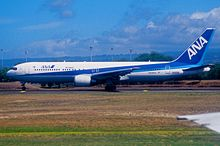 427ap - All Nippon Airways Boeing 767-381ER; JA605A@HNL;03.10.2006 (4949572567).jpg