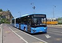 7-es busz (PMP-911) és 47-es villamos (1369).jpg