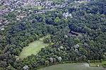 A tóalmási Andrássy kastély látképe a magasból.jpg