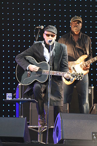 Alain Bashung - Bashung during his last tour on 11 July 2008 at the Francofolies in La Rochelle.