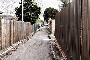 Alley melbourne.jpg