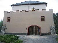 Alte Burg Rotenhain Frontansicht.JPG