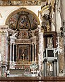 Amalfi Cathedral interior 01.jpg