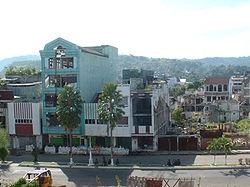 Hauptstadt Ambon 2001