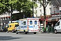 Ambulance sur le boulevard du Montparnasse à Paris le 30 juillet 2015 - 2.jpg