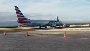 Augusto C. Sandino International Airport - American Airlines Boeing 737-800 arriving to Managua. The carrier's route from  Miami International Airport is one of the well-traveled routes from the airport. American operates 23 flights per week to 2 destinations in the United States.
