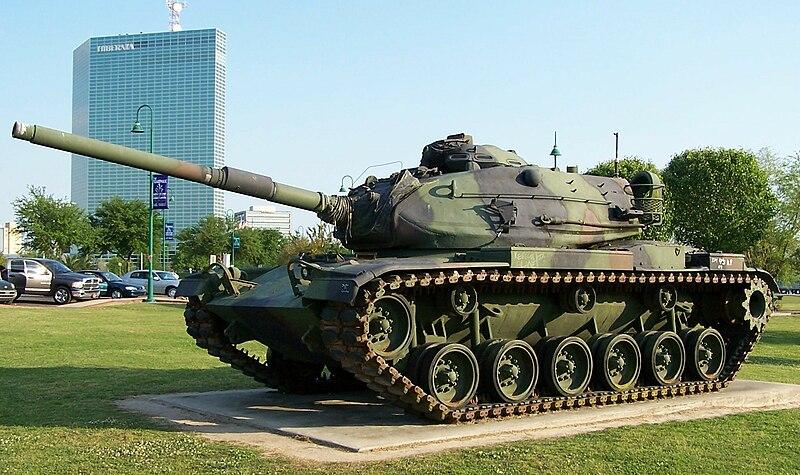 موسوعة: القوات البرية الملكية السعودية 800px-American_M60A3_tank_Lake_Charles%2C_Louisiana_April_2005