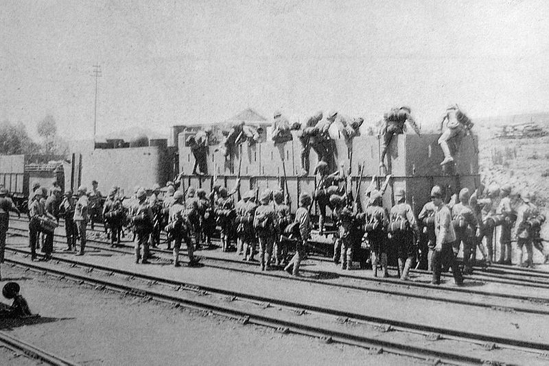 File:Armoured train 1899.jpg
