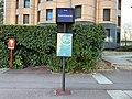 Arrêt Bus Commissariat Cours Deux Parcs - Noisiel (FR77) - 2021-04-24 - 3.jpg
