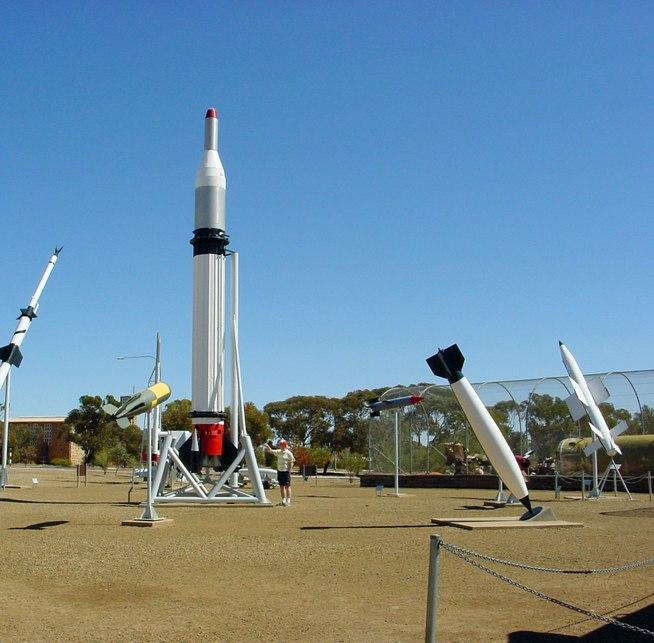 Australia - Woomera Missile Park - panoramio