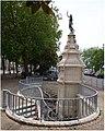 BLAYE — Fontaine — Allées des Soupirs, cours de Lattre de Tassigny.jpg