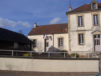 Barnay - Town hall