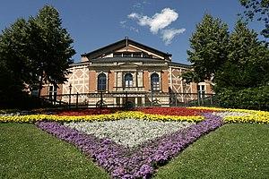 Richard Wagner Festspielhaus am Grünen Hügel i...