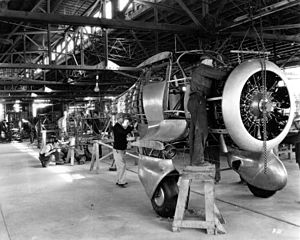 Beechcraft Model 17 Staggerwing - Assembly line at the beginning of Staggerwing production (note the fixed landing gear).
