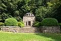 Behring-Mausoleum (06).jpg