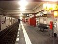 Berlin- U-Bahn-Station Stadtmitte (U 6)- auf Bahnsteig- Richtung Berlin-Alt-Tegel 8.8.2009.jpg