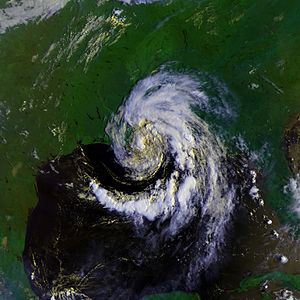 1988 Atlantic hurricane season - Image: Beryl 09 aug 1988 1339Z