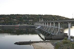 Big Dam Bridge.jpg