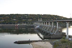 McClellan–Kerr Arkansas River Navigation System - Image: Big Dam Bridge