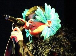 Björk op het Hurricane-festival, 2003