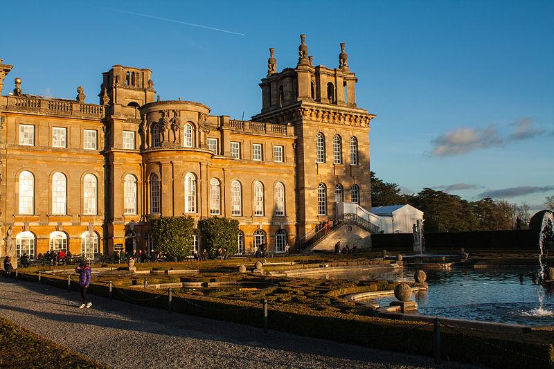 File:Blenheim Palace - Christmas 2012 (Pic 2).jpg