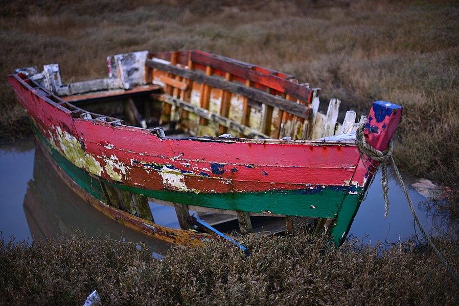 Boat, near Moulin de Poulafret
