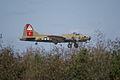 Boeing B-17G-85-DL Flying Fortress Nine-O-Nine Landing Approach 11 CFatKAM 09Feb2011 (14960930516).jpg