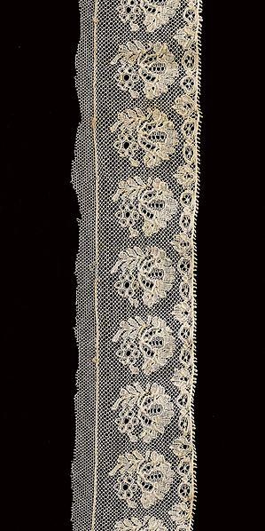 File:Border (ST367) - Lace-Machine Lace - MoMu Antwerp.jpg