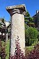 Borne colonne Jardin Schiever Avallon 5.jpg