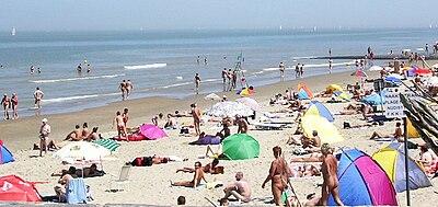 Praia Nudista em Bredene, Belgica