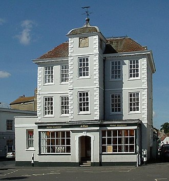 Bicester - Late 17th century house in Market Square