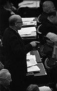 Bundesarchiv B 145 Bild-F091472-0004A, Bundestag, Lesung Pariser Verträge